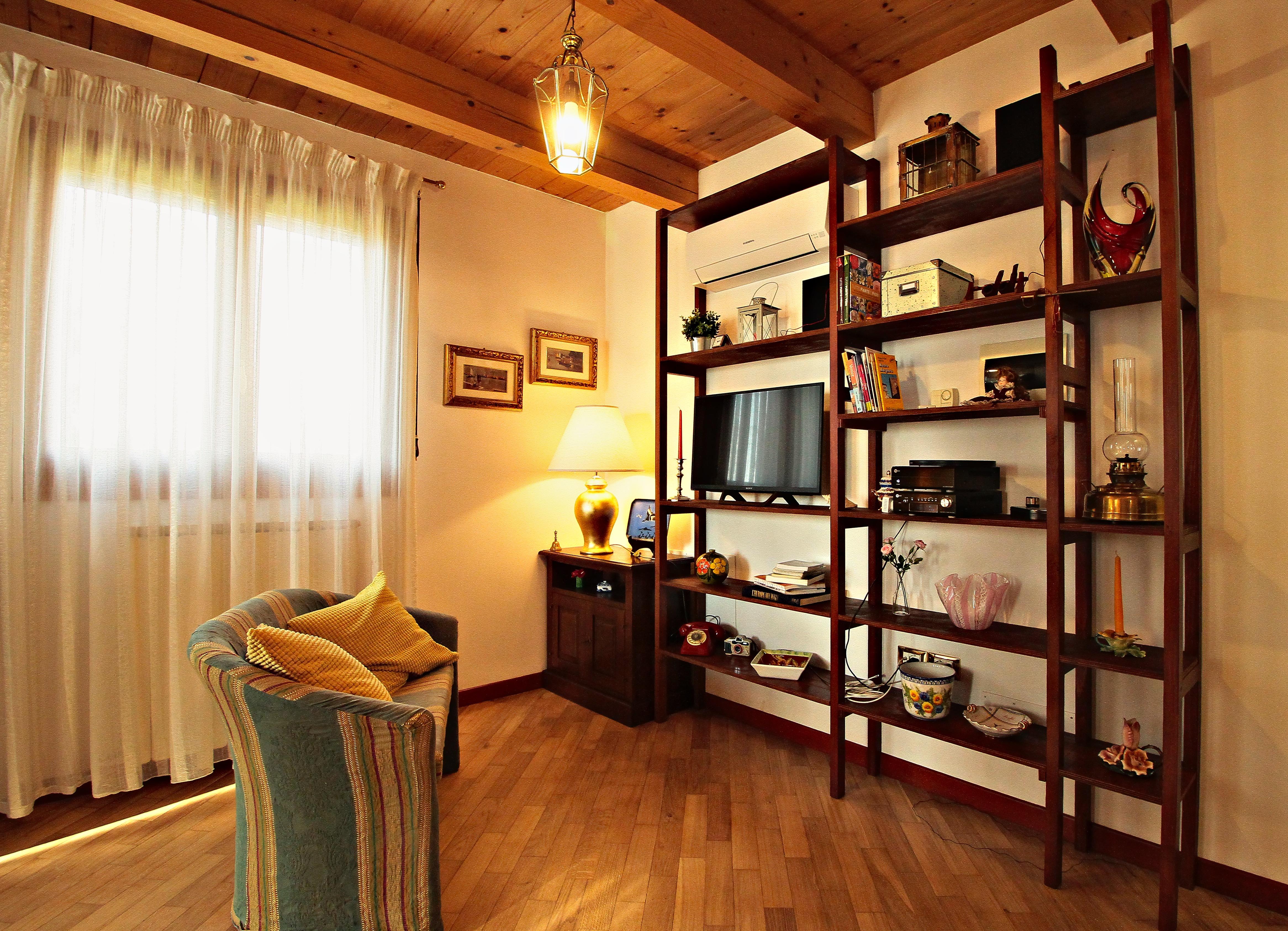 REGINA VITTORIA Country Apartment – LIVING IN VENICE